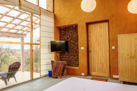 Seclude Red Cedar Cottage - Palampur - Bed & Breakfast