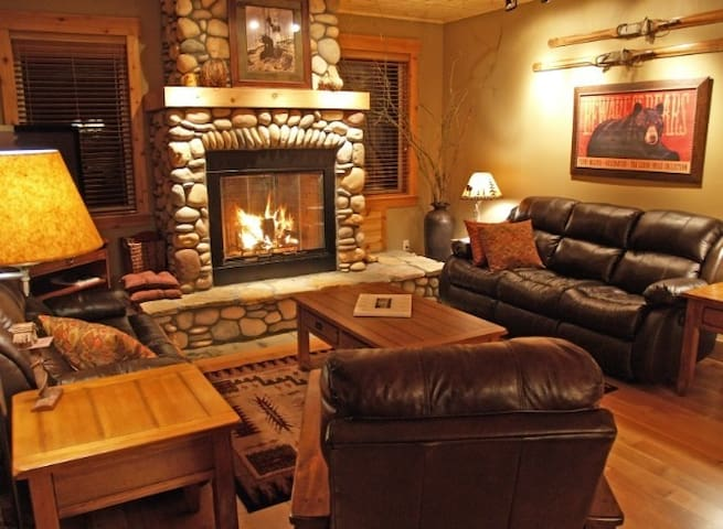 Shuksan Executive Mt Baker Cabin - Deming - Cabin