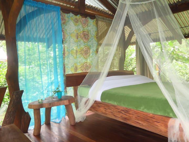 unieke boomhut-dek slaap ervaring