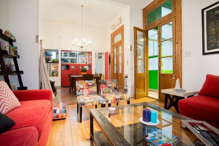 Spacious Quiet Equipped in the Heart of S. Telmo