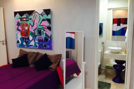 Confortable Suite in Rio Vermelho - Lejlighed