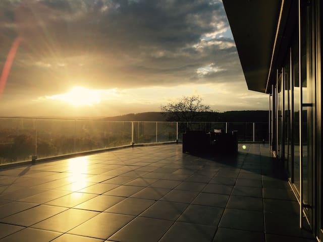 Luxuriöse Wohnung mit fantastischer Aussicht