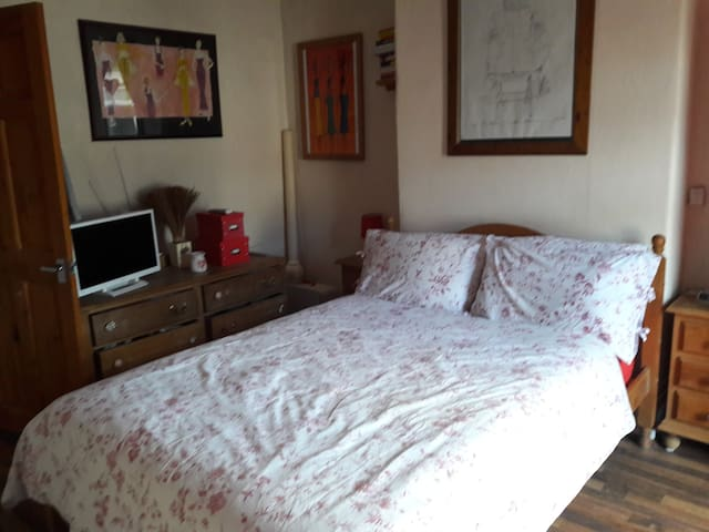 Double Room, use of facilities, Bromley Cross