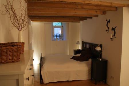 B&B room with sauna* & fireplace* - Aachen