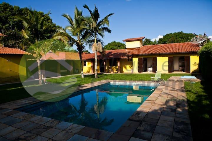 """Casa - """"Jardim Tropical"""" - Santa Branca - Casa de campo"""