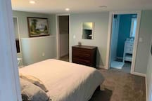 Spacious basement suite in beautiful Cole home