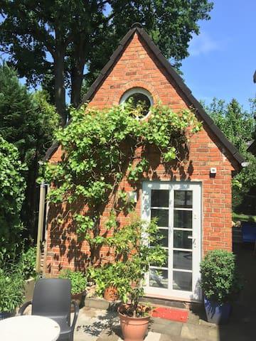 Wohnen im Hexenhäuschen - Hamburg - Casa