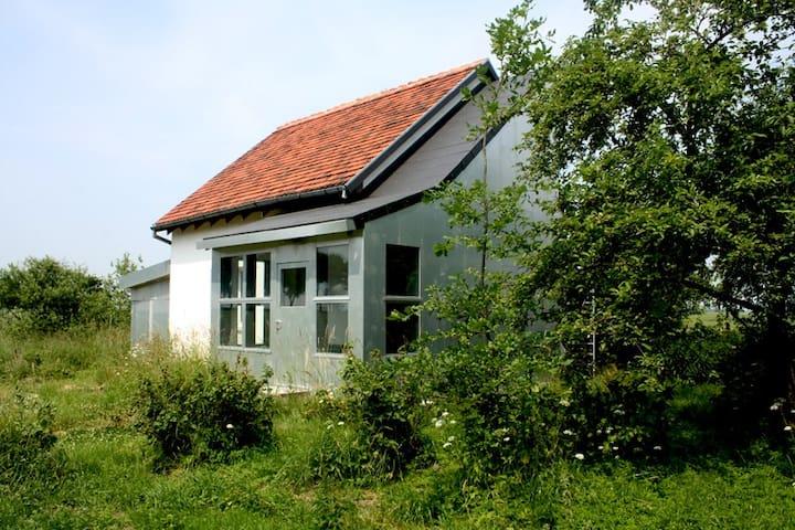 Ferienhaus in ländlicher Umgebung  - Utonie - บ้าน