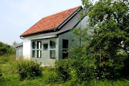 Ferienhaus in ländlicher Umgebung