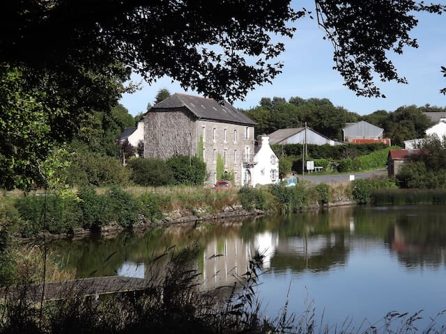 8 bedroom watermill Brittany France