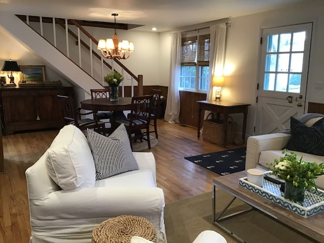 East Hampton Vlillage Home