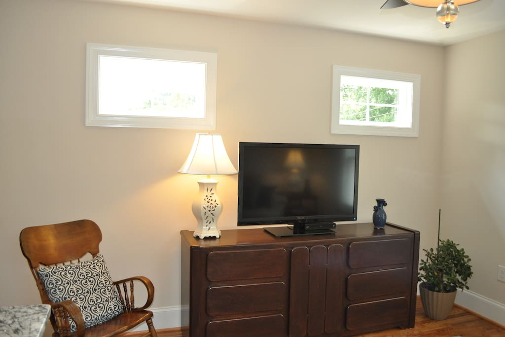 """46"""" TV in the living room with cable and wifi"""