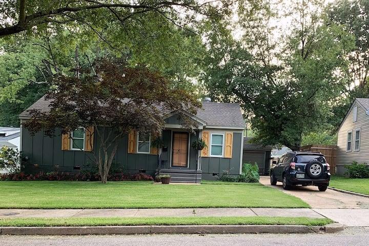 Walking in Memphis ... A pet friendly home