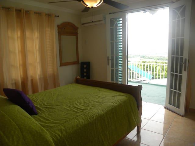 El Monte ,Cuarto Manati - Vega Baja - Bed & Breakfast