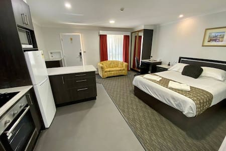 Tamworth Luxury Apartment with all the comforts