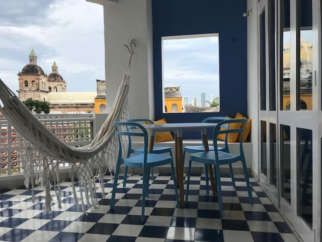 MAGNIFICENT FLAT IN CARTAGENA'S OLD TOWN.