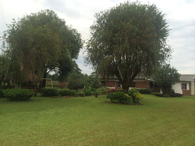 Beautiful 3BR House in Tea Estate
