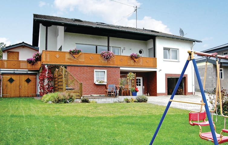 Holiday apartment with 1 bedroom on 40m² in Reifferscheid