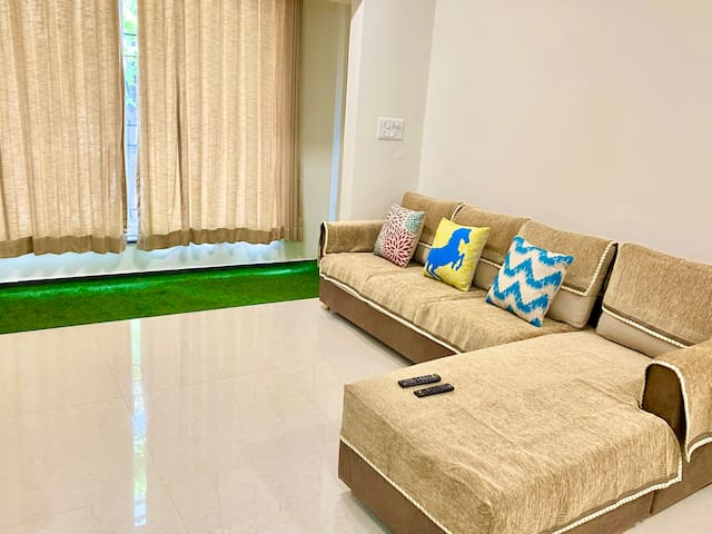 3bed ac flat in Pratapgunj- Balcony garden