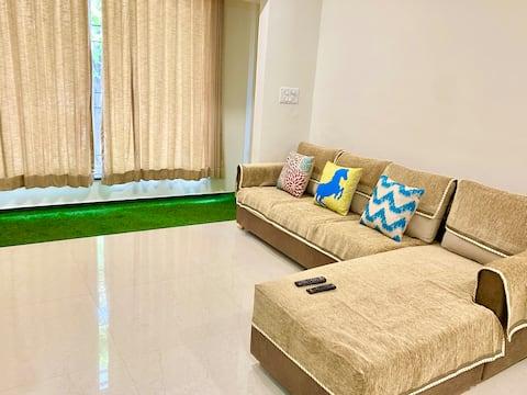 Appartement de 3 chambres à Pratapgunj- Jardin avec balcon