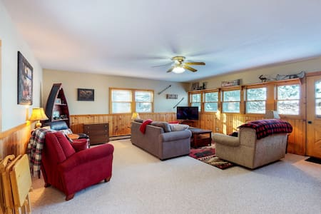 NEW LISTING! Lakefront, family-friendly home w/gas grill, beach access - dogs ok