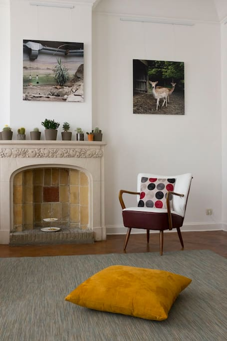 Living room with 1930's fireplace
