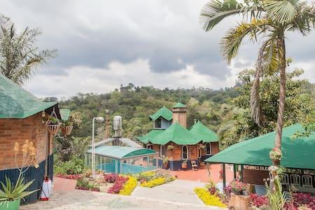 Refugio Tutaza - Eco-Villa Bogota