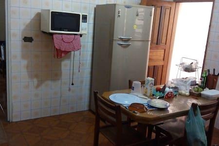 Vl.Ema tudo perto ótimo quarto!Preço por pessoa!!!