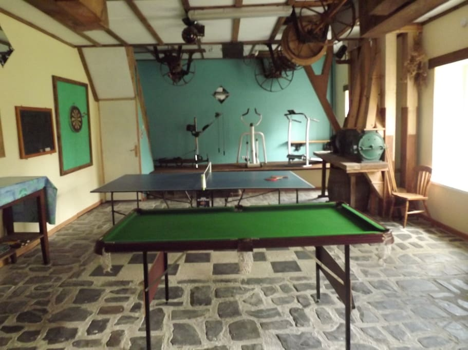 Large party room/games room
