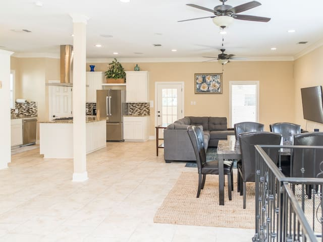 WOW 5 Star Luxury Massive Home - San Antonio - Casa