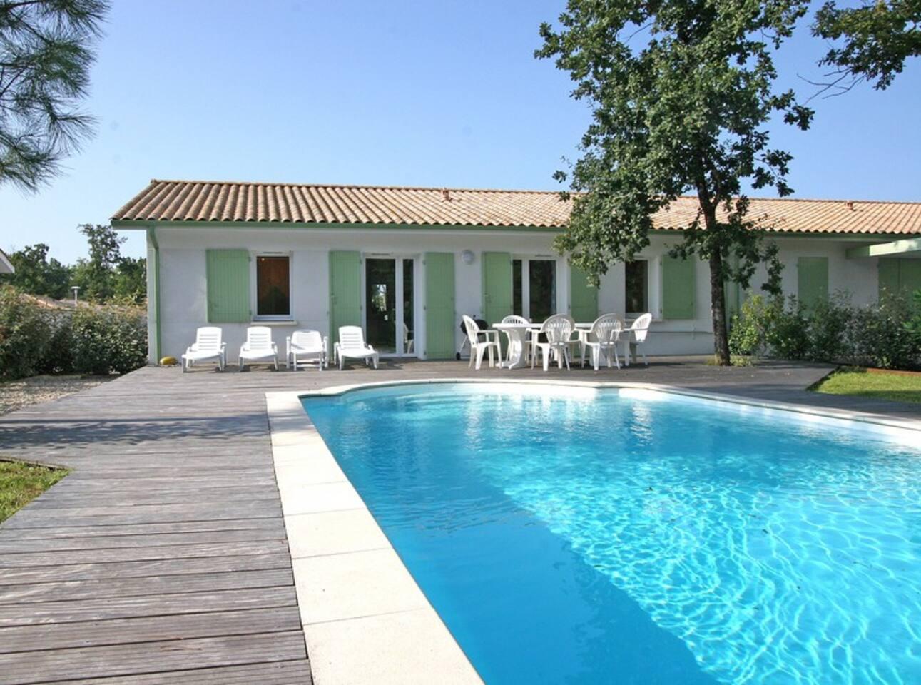 Large sunny terrace around pool