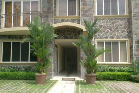 Small Condo in front of Los Sueños Resort - Herradura - Appartement en résidence