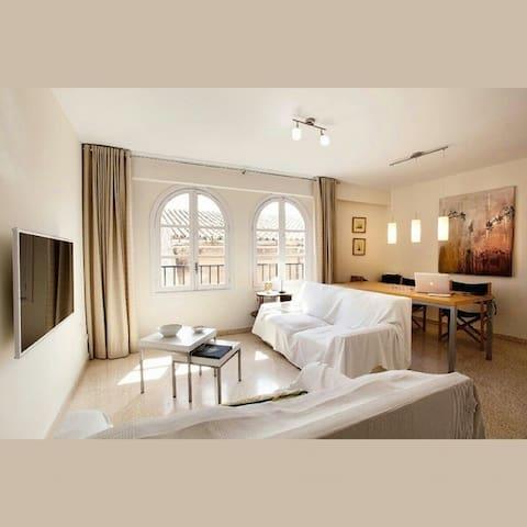 Habitación en piso minimalista