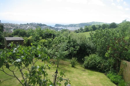 Great views & great bedroom -superb - Teignmouth