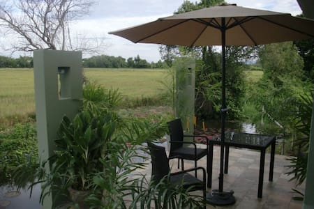 Boutiquey new house near Chiang Mai - Τσιάνγκ Μάι - Bed & Breakfast