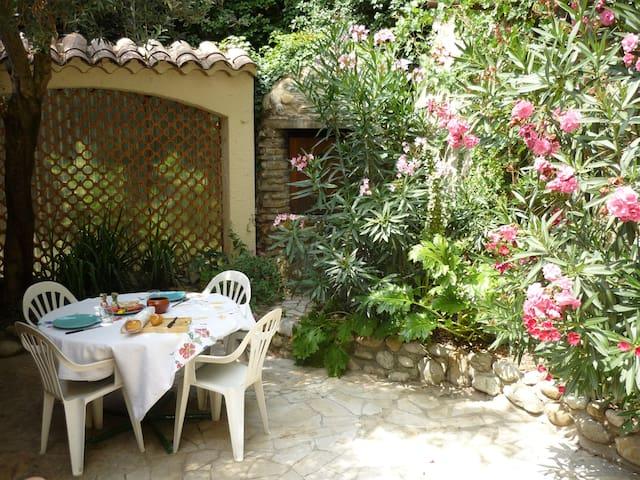 Ravissante maison 400€/semaine - Vinsobres - Huis