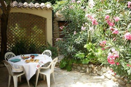 Ravissante maison 400€/semaine - Vinsobres