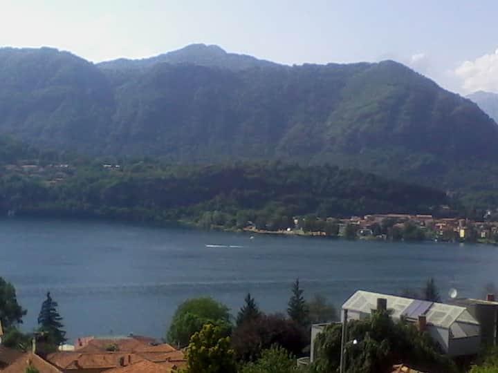 casa vista lago d'Orta