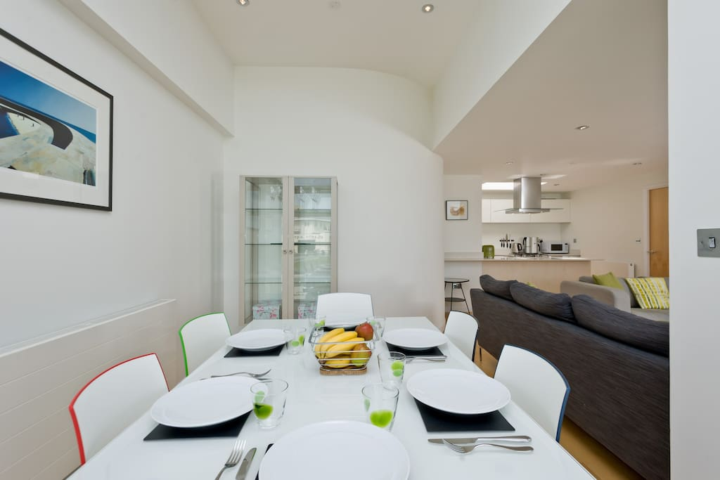 Open plan diner, lounge and kitchen