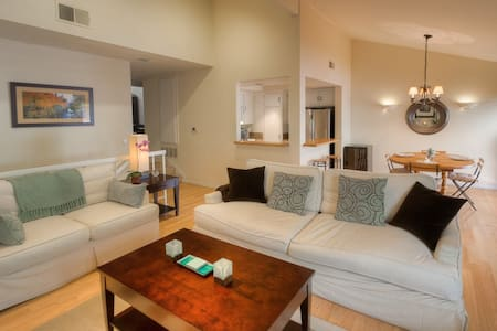 Pacific Palisades Highlands 2BD - Los Angeles - Hus