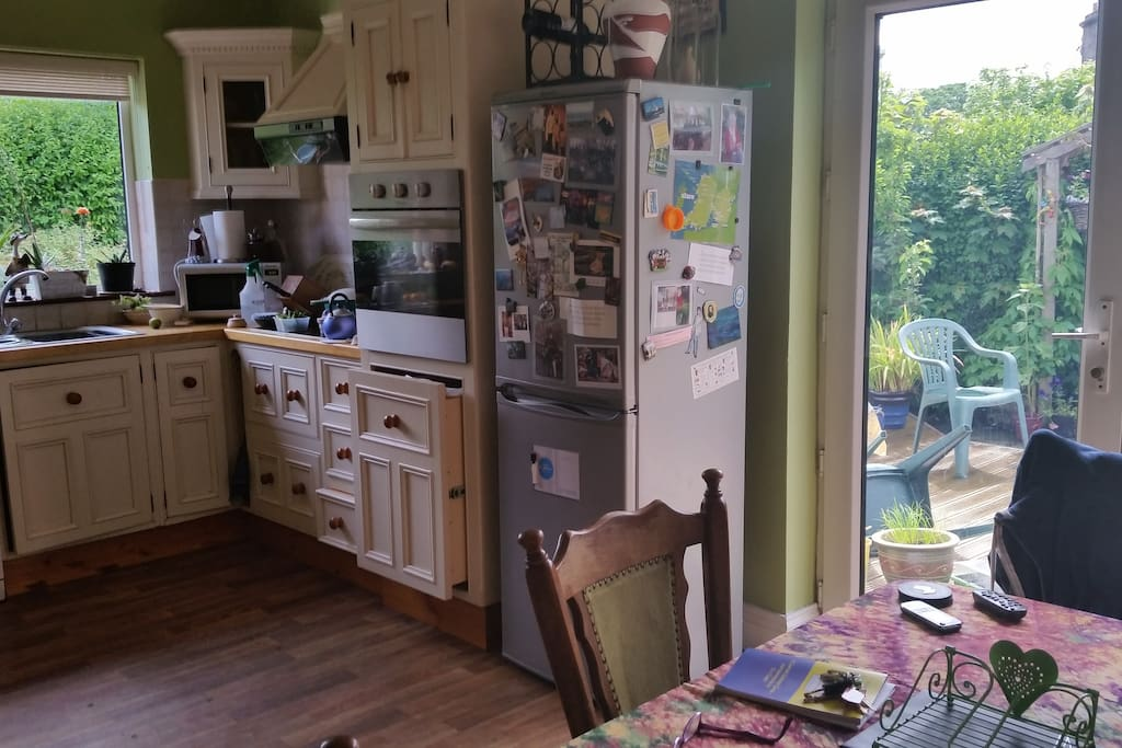 Kitchen leading to pation
