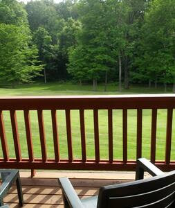 Golf Course Condo at IN State Park - Nashville - Leilighet