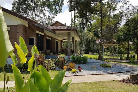 River Cottage - in the heart of Janda Baik
