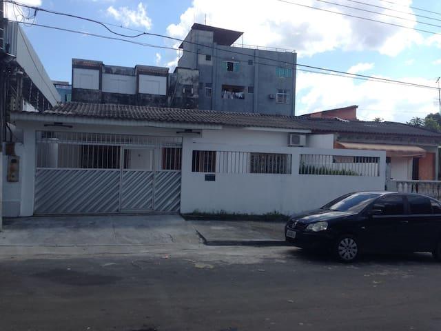 Quarto inteiro em Manaus