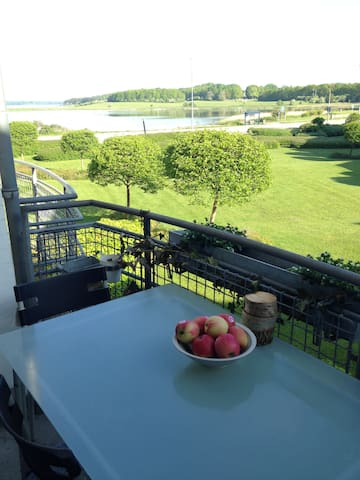 Sunterrace flat with sea view - Roskilde County - Apartmen