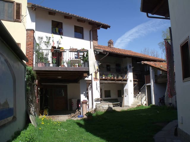 Appartamentino in casa tipica - Giaveno - Apartment