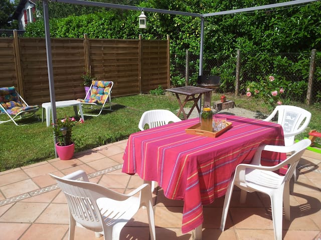 small house, 5 persons, green area  - Toulouse - Ev