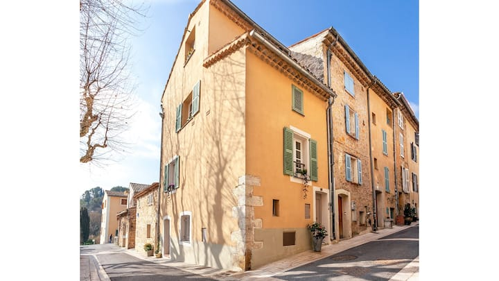 Charming village house in Valbonne with terrace