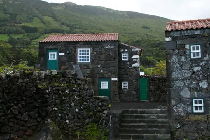 Garajau, Private room, Stone House