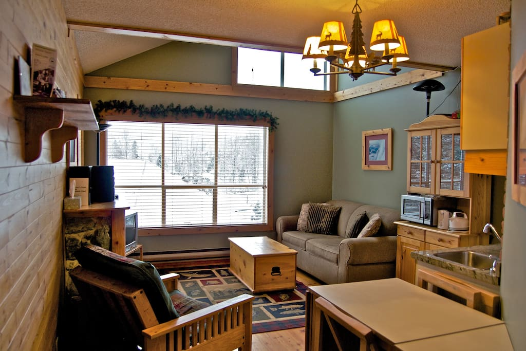 Cozy log cabin style 1 bedrm condo condomini in affitto for Cabine in whistler